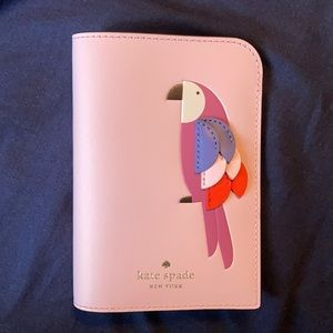 ⚜️Kate Spade Passport Holder